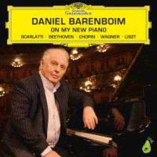 Daniel Barenboim: On My New Piano - Barenboim, Daniel