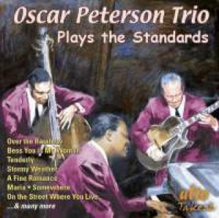 Oscar Peterson Trio plays the Standards - Oscar Peterson Trio